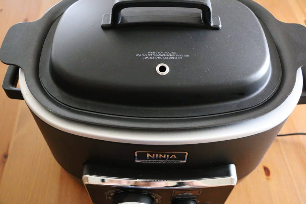 covered 6-quart Ninja slow cooker