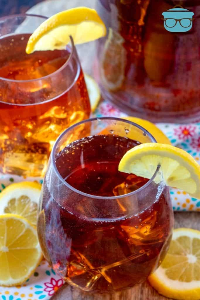 Glasses of southern sweet tea, topped with lemon slices