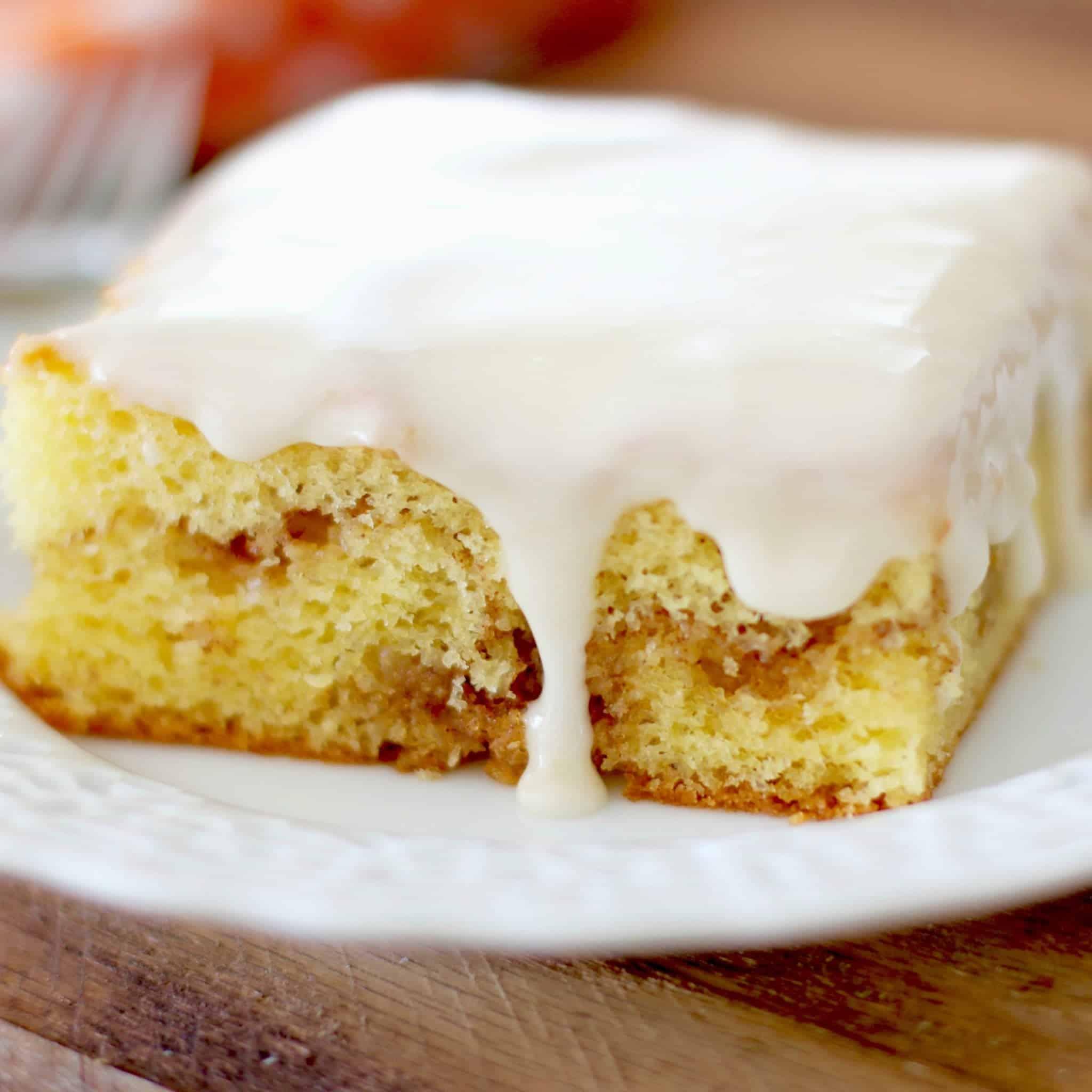 Glazed Honey Bun Cake Video The Country Cook