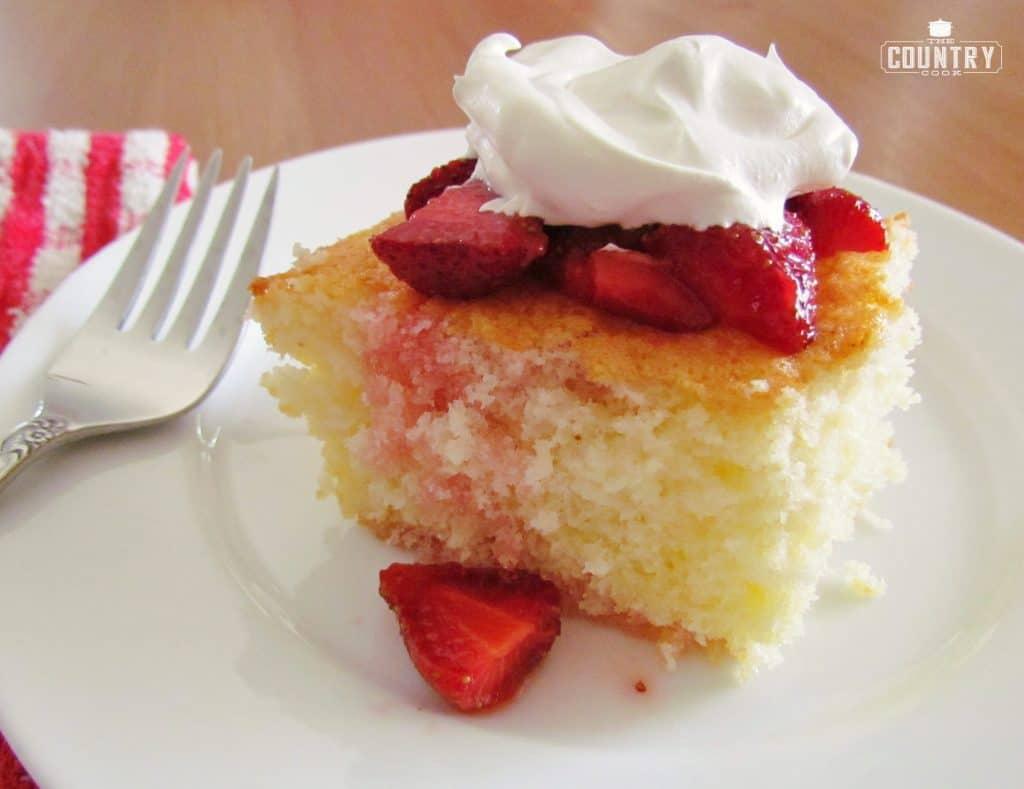 Hot Milk Sponge Cake with Strawberries