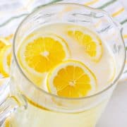 Homemade Fresh Squeezed Lemonade recipe from The Country Cook
