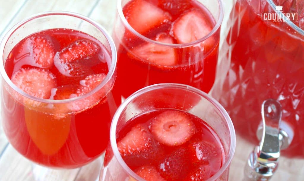 Non-Alcoholic Strawberry Punch for Baby Showers, Wedding Showers and kids parties