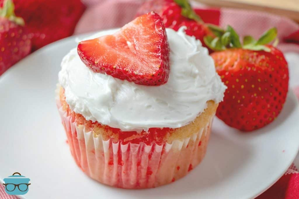 Strawberry jell-o poke cupcakes, individual cupcake with fresh strawberries