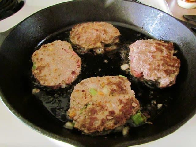 how to cook hamburger steak and gravy