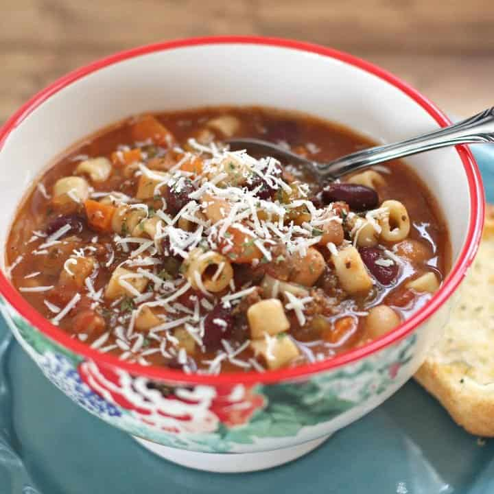 Crock Pot Olive Garden Pasta e Fagioli soup recipe