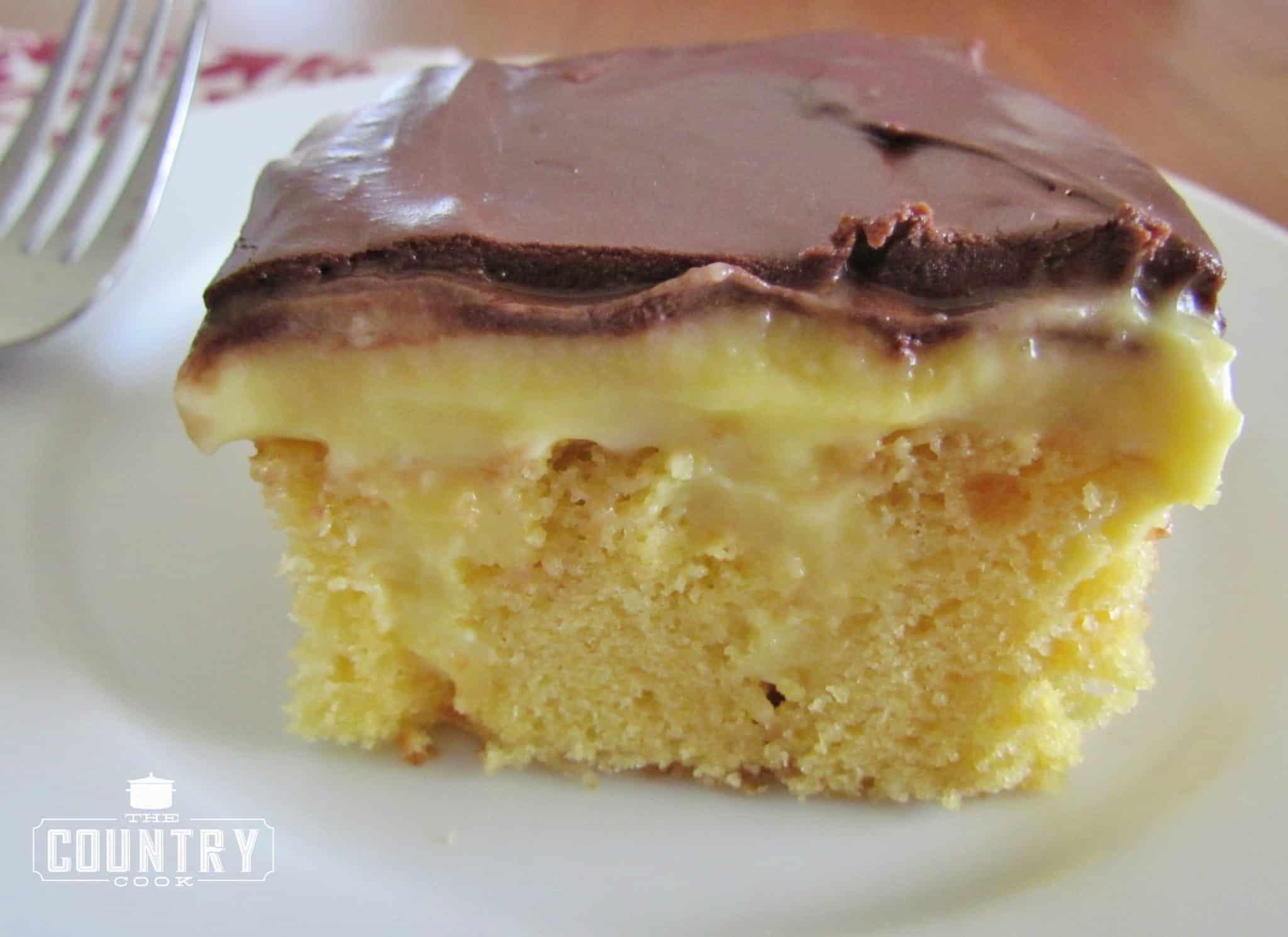Boston Cream Pie Dump Cake
