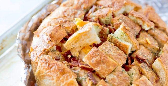 Cheesy Bacon Ranch Pull-Apart Bread