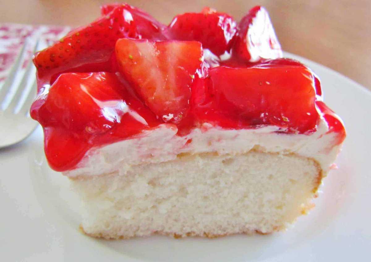 Tremendous Strawberry Shortcake Cake Video The Country Cook Personalised Birthday Cards Veneteletsinfo