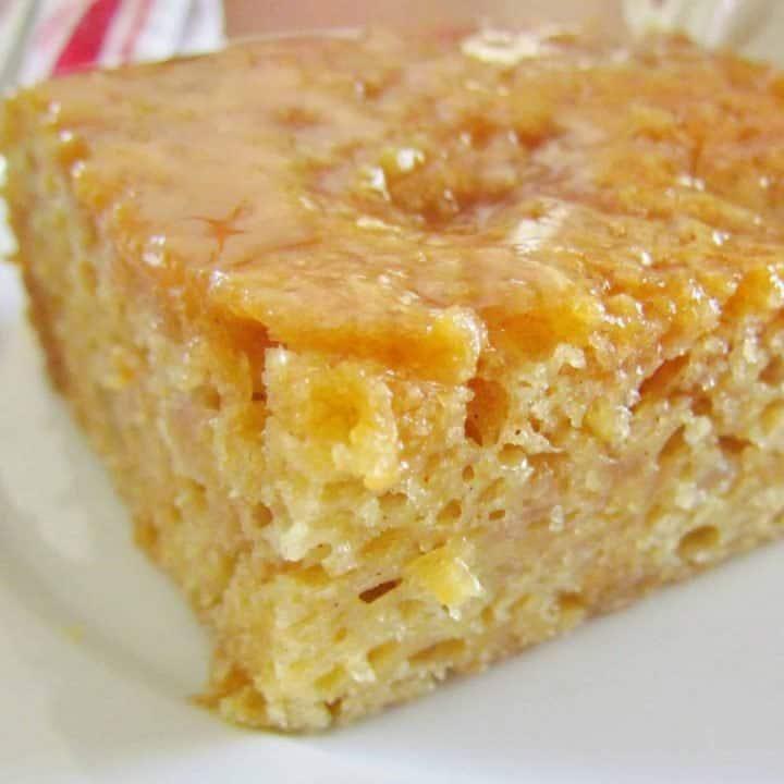 Easy Caramel Apple Pie Cake
