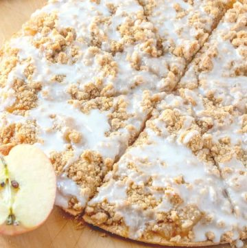 thumbnail, slices Apple Dessert Pizza