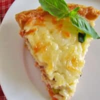 Country Tomato Bacon Pie