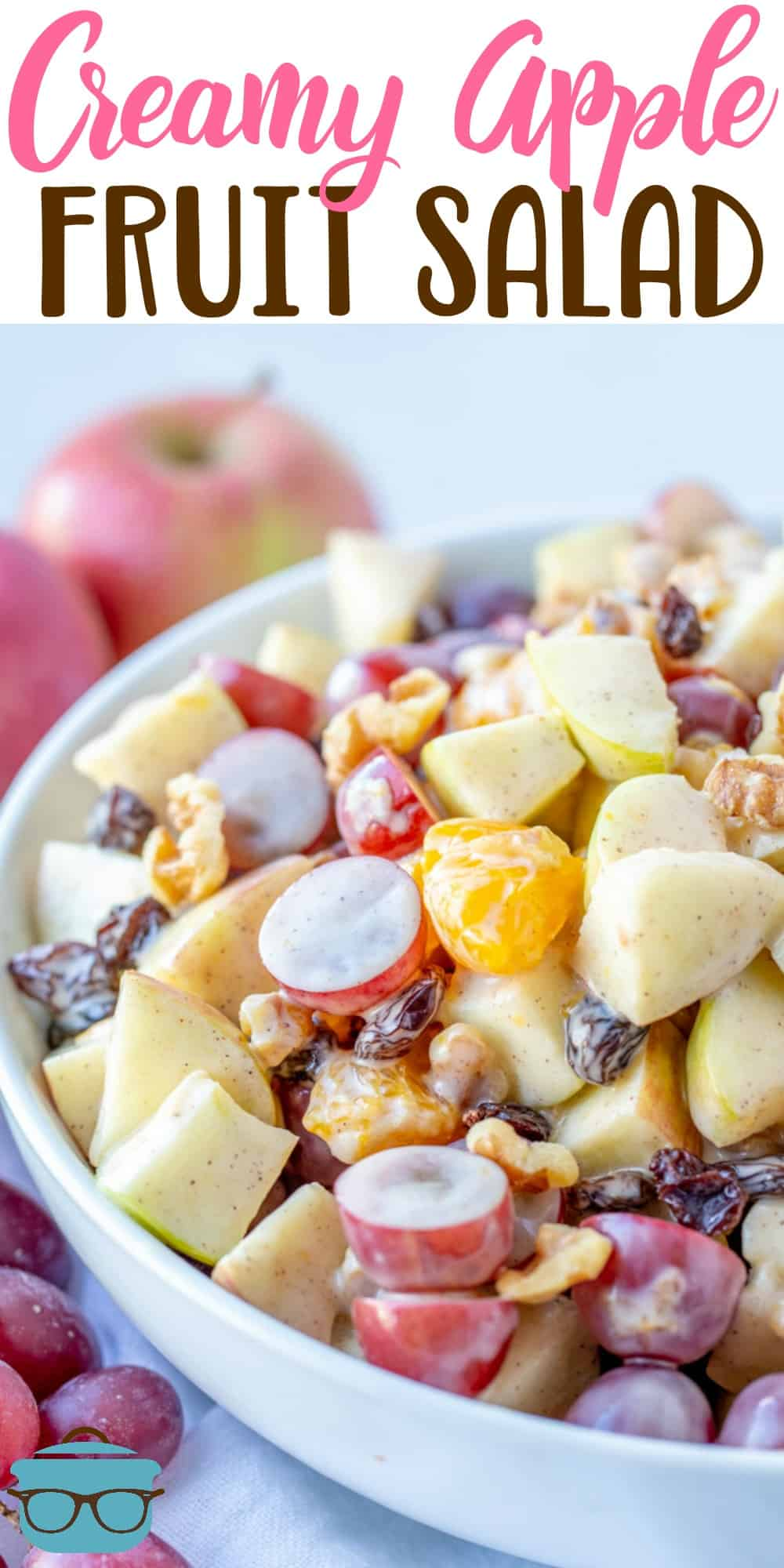 This Apple Fruit Salad with Greek vanilla yogurt dressing is filled with apples, grapes, oranges and mixed with a creamy, cinnamon sauce. #fruitsalad #applefruitsalad
