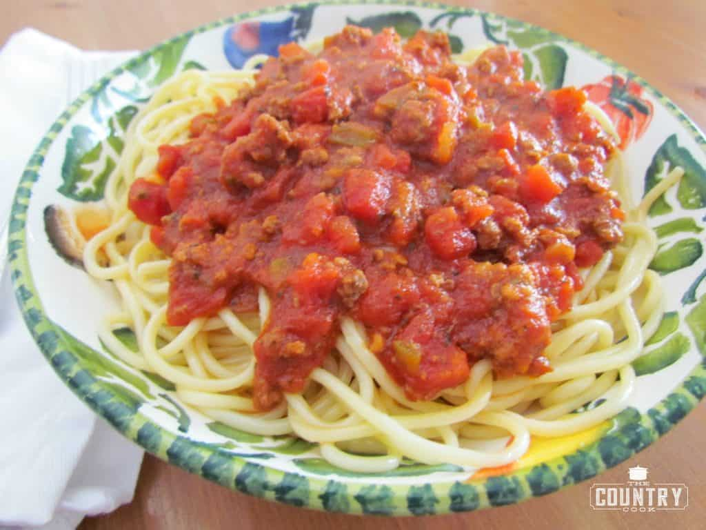Wedding Gift Spaghetti Sauce : Homemade Beefy Spaghetti SauceThe Country Cook