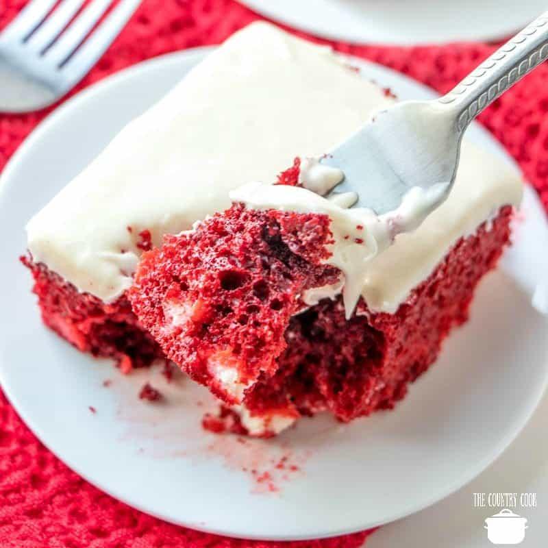 Super Easy Red Velvet Cheesecake Cake like The Cheesecake Factory