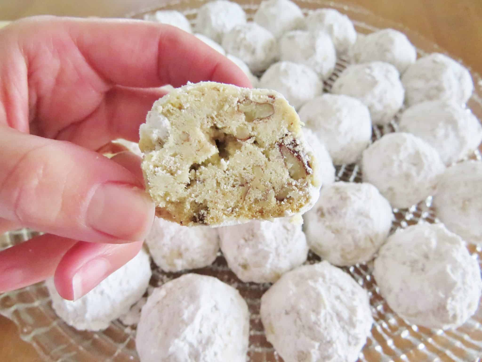 Southern Pecan Butterballs The Country Cook