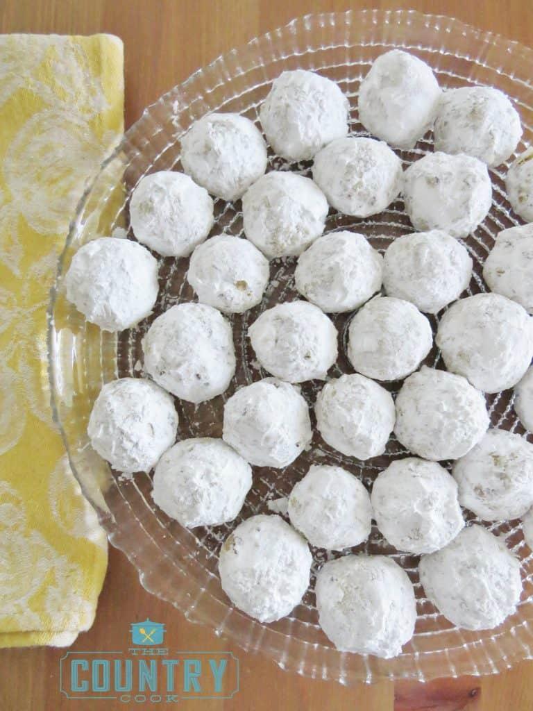 pecan-butterballs