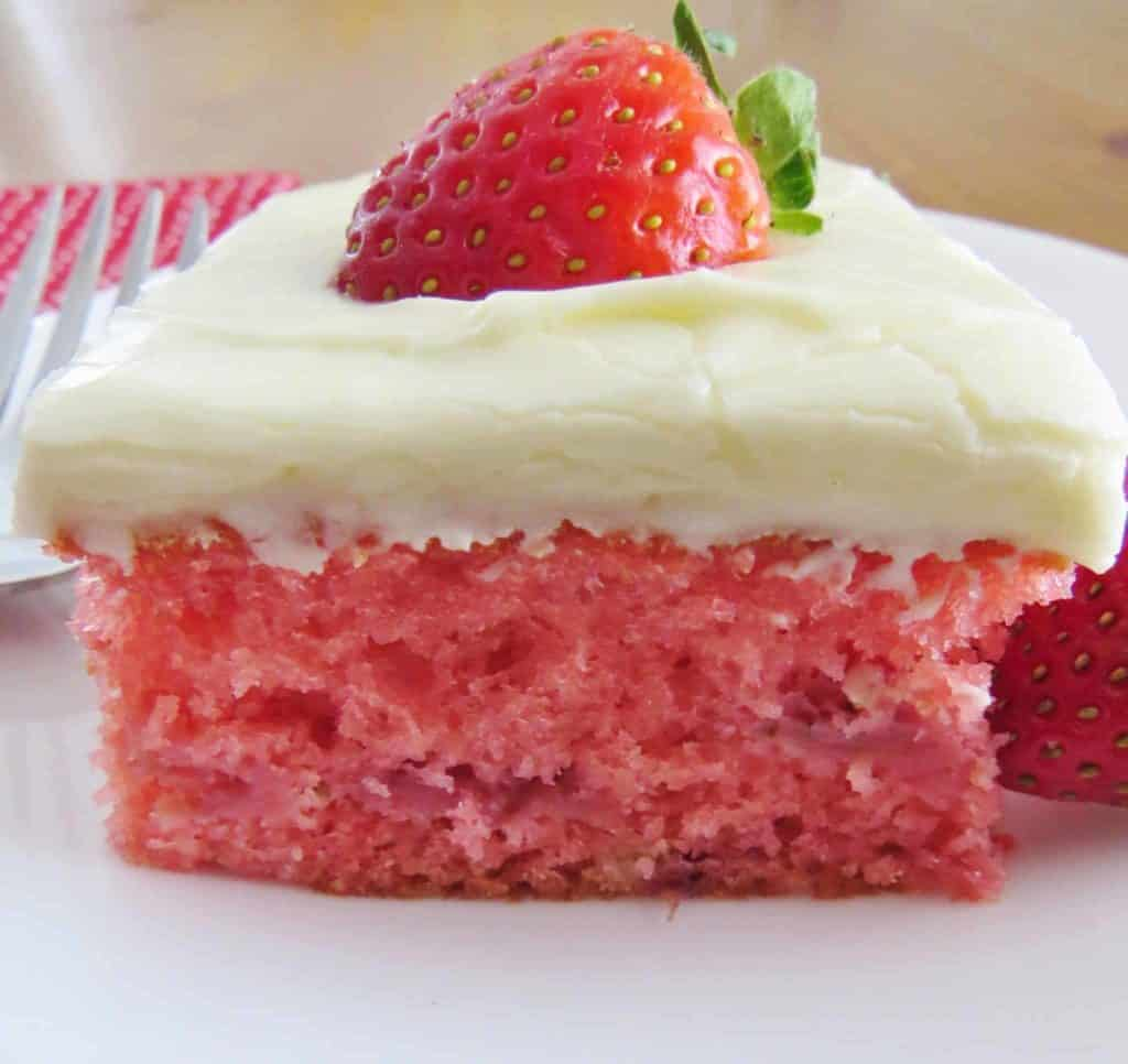 Vanilla Cake With Strawberry Cream Cheese Frosting Recipe