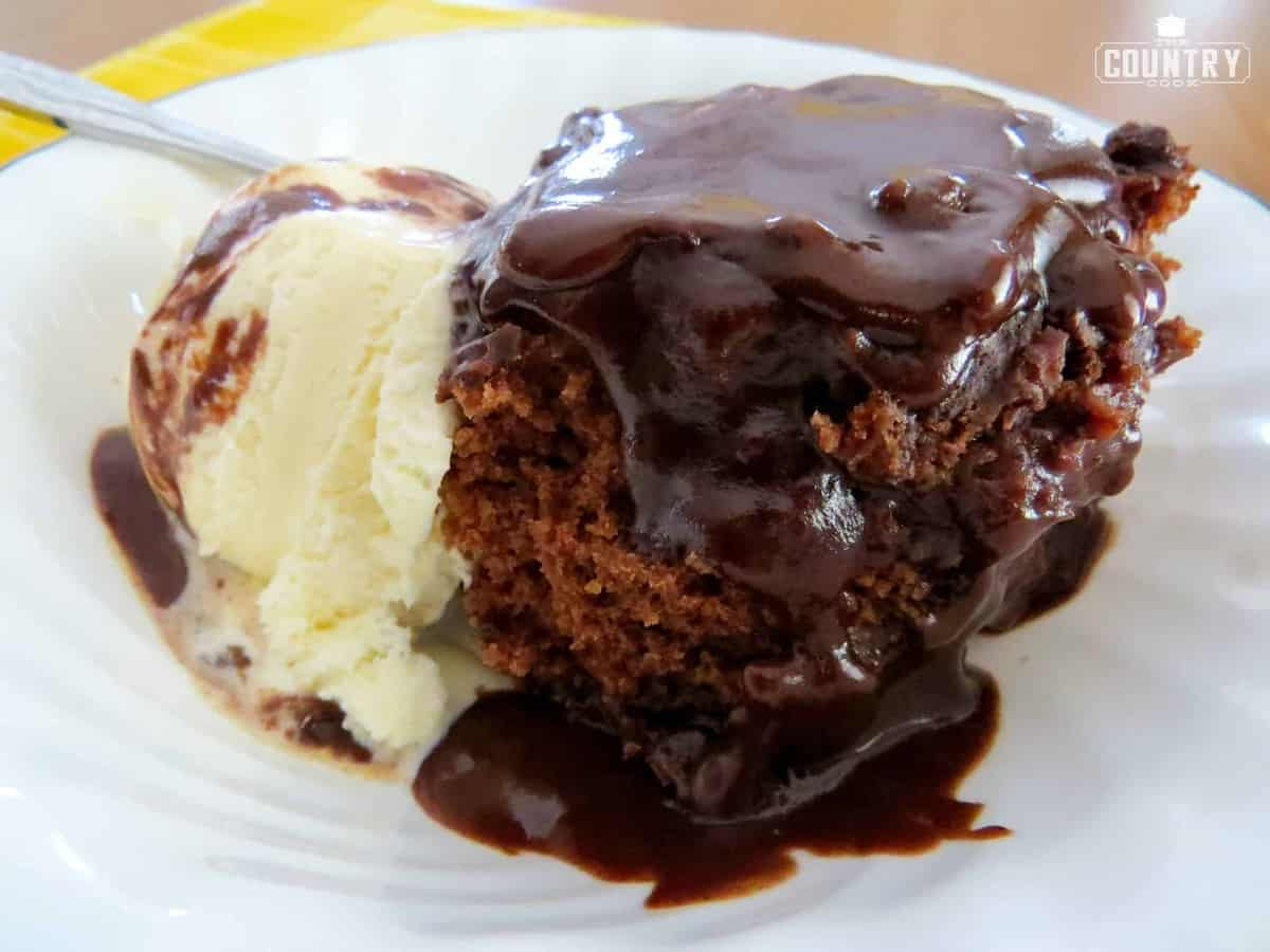 Chef Vikkis Gooey Chocolate and Peanut Pudding Parfait advise