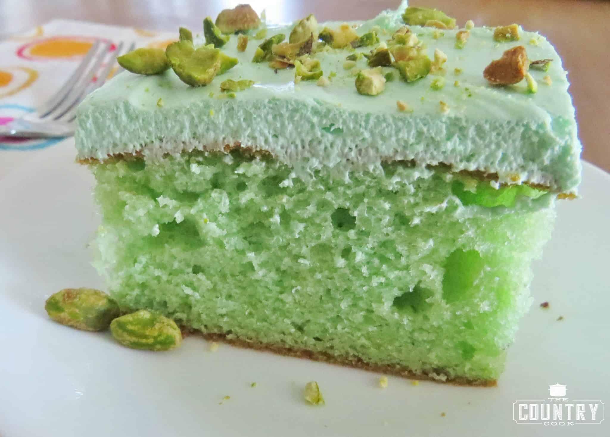 Pistachio Icing Cake