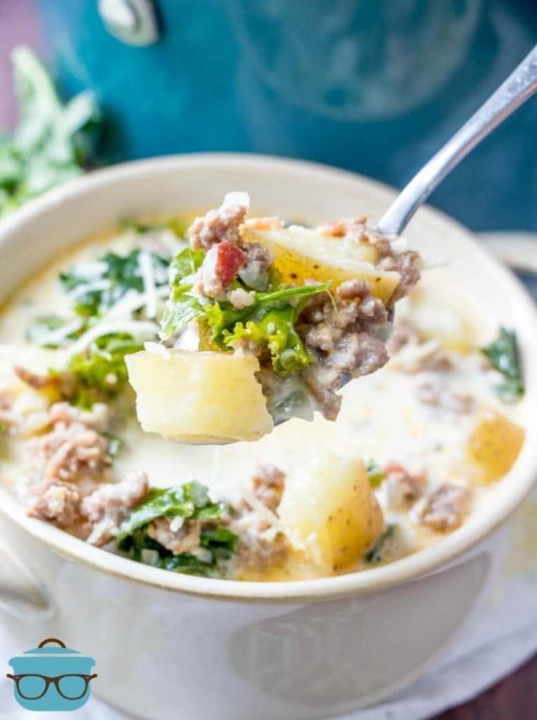 Zuppa Toscana, serving