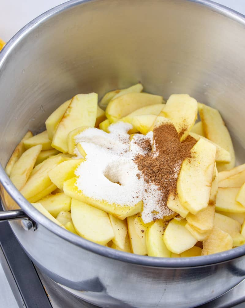 sliced apples, lemon jello, cinnamon, nutmeg in. a large saucepan