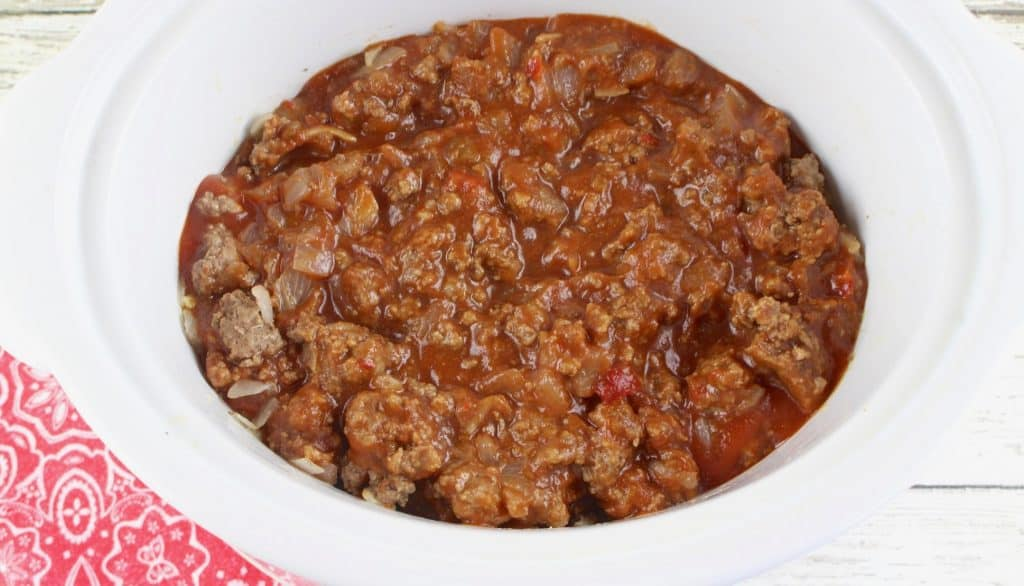 ground beef and sloppy joe mix in crock pot