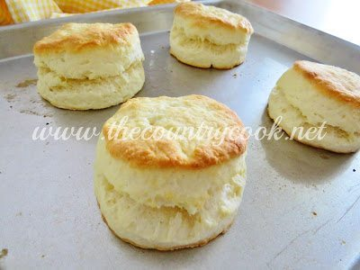 Cream-Biscuits-3-Copyright-www.thecountrycook.net_.jpg