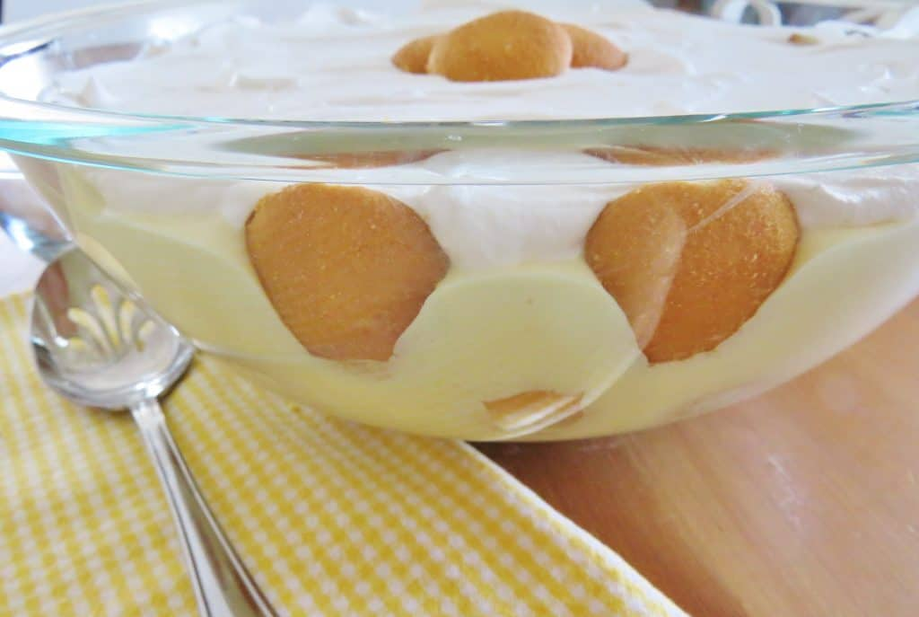 finished, the best banana pudding in a large clear bowl