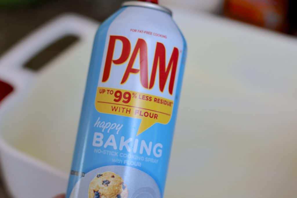 Pam baking spray with flour