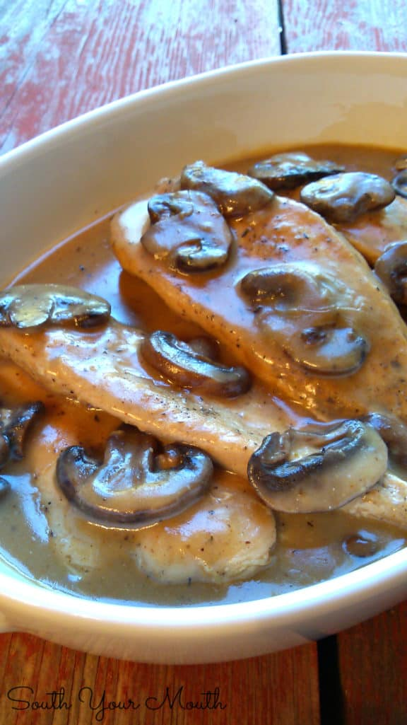 CROCK POT SMOTHERED CHICKEN & MUSHROOMS