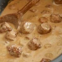 Crock Pot Swedish Meatballs and Gravy