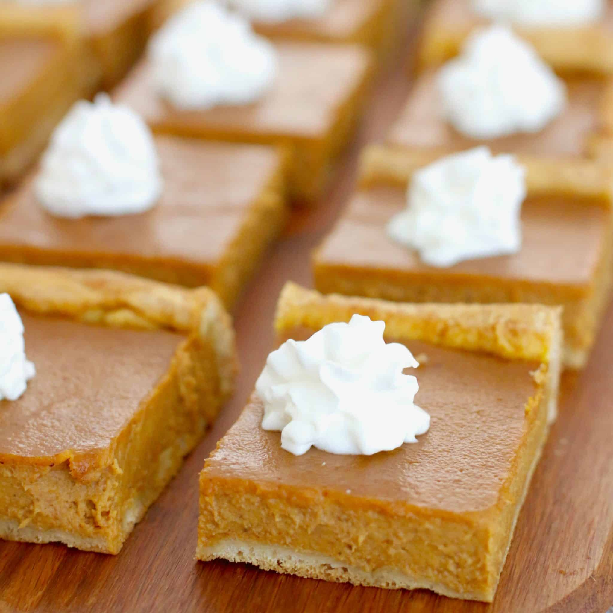 Pumpkin Pie Bars Desserts: Pumpkin Pie Bars