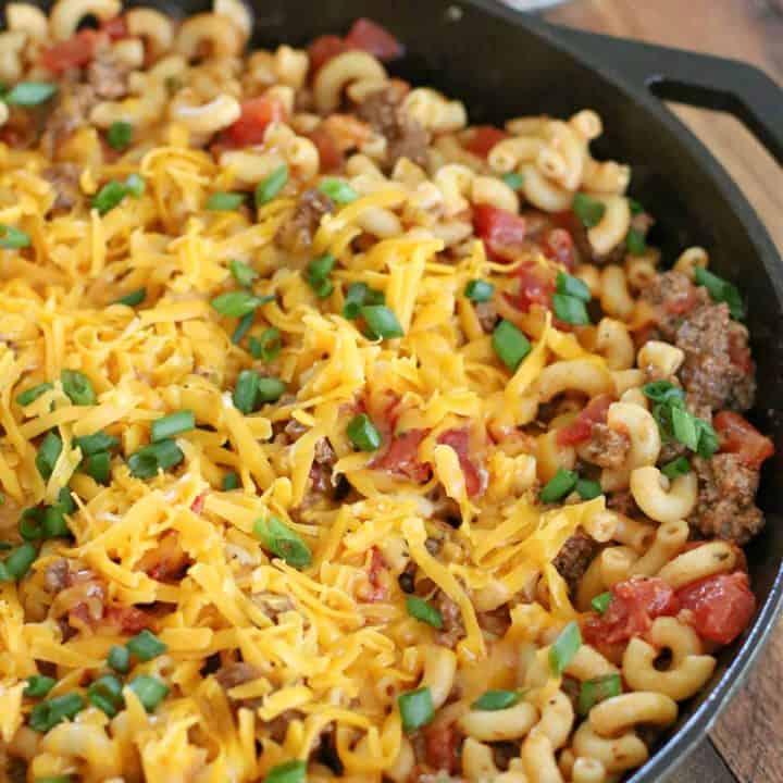 Easy Cheesy Macaroni Skillet