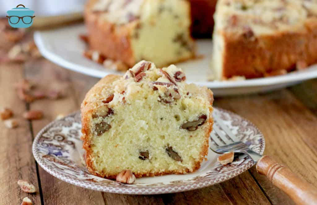 Southern Pecan Pound Cakes slice on a plate