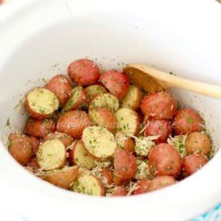 Crock Pot Garlic Parmesan Potatoes