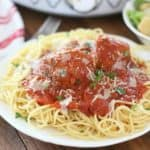 Crock Pot Marinara Sauce with Meatballs