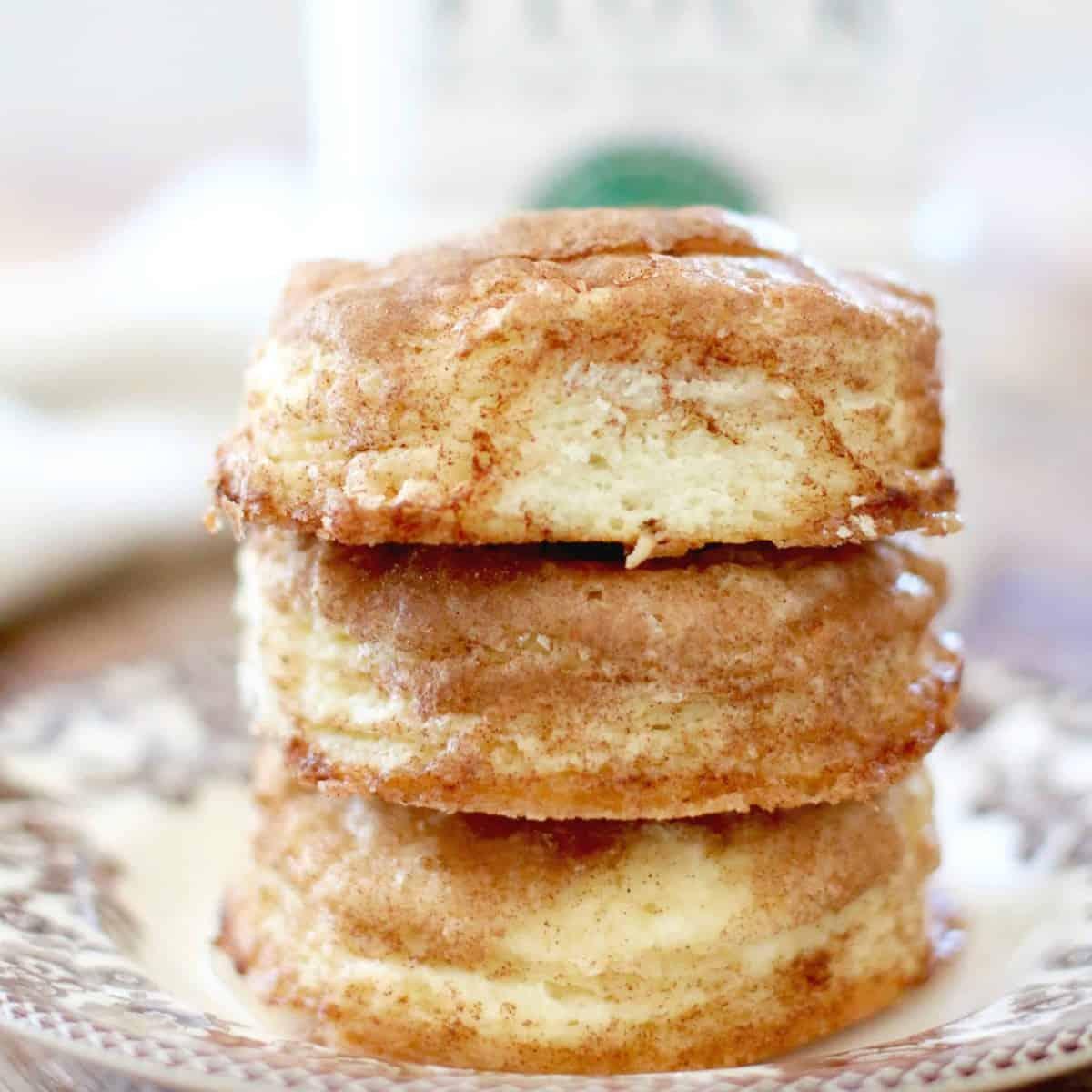 Homemade Snickerdoodle Skillet Biscuits