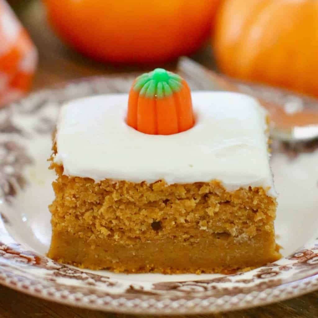 Easy Pumpkin Cake Recipe With Canned Pumpkin
