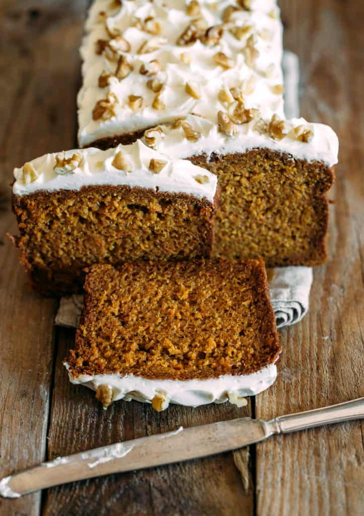 gingerbread-cake-with-frosting-thecountrycook