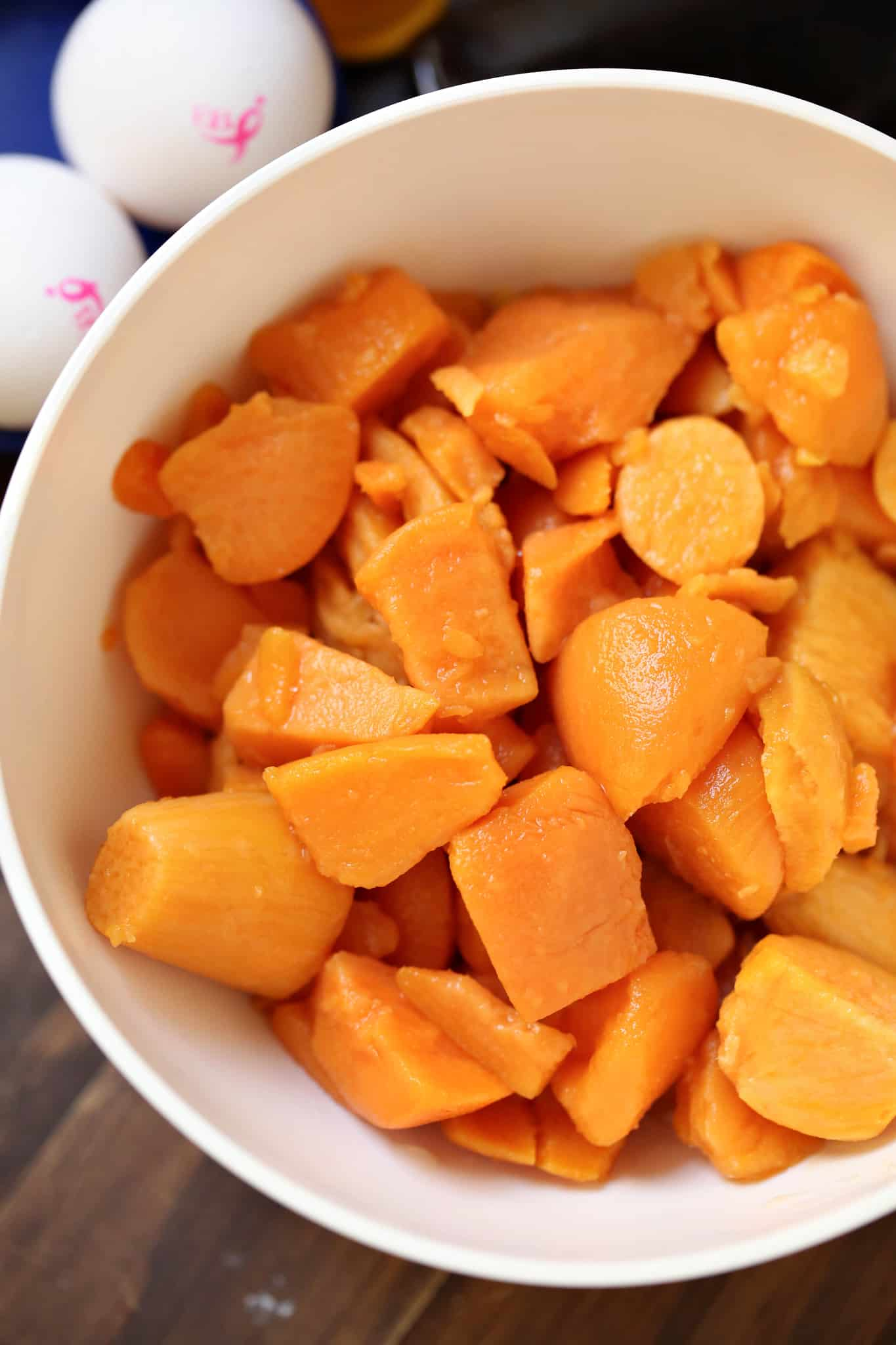 What's New and Beneficial about Sweet Potatoes. Orange-fleshed sweet potatoes may be one of nature's unsurpassed sources of beta-carotene. Several recent studies have shown the superior ability of sweet potatoes to raise our blood levels of vitamin lockrepnorthrigh.cf benefit may be particularly true for children.
