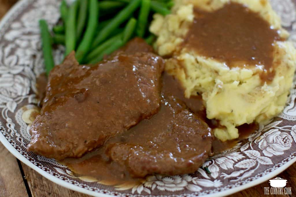 Instant Pot Cubed Steak with Gravy