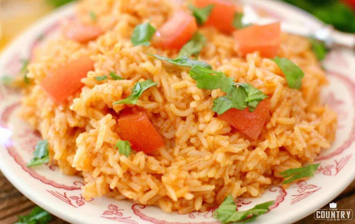 Easy way to make red rice mexican white and rotel