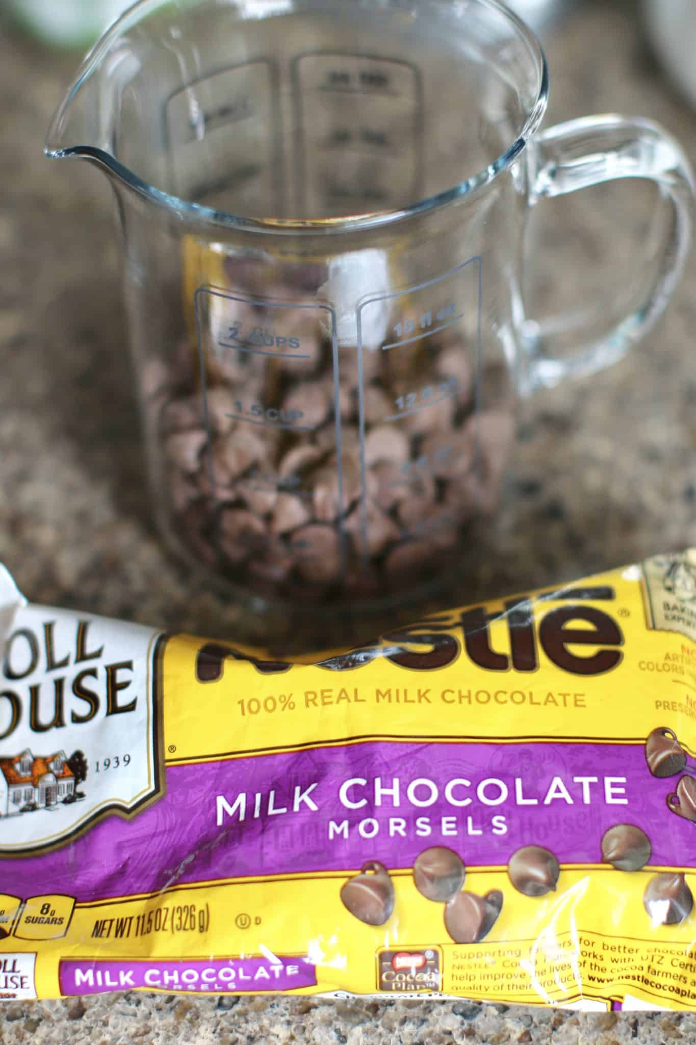 milk chocolate chip bag and milk chocolate chips in a measuring cup.