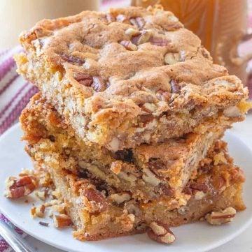 Sweet Southern Pecan Cake Bars recipe