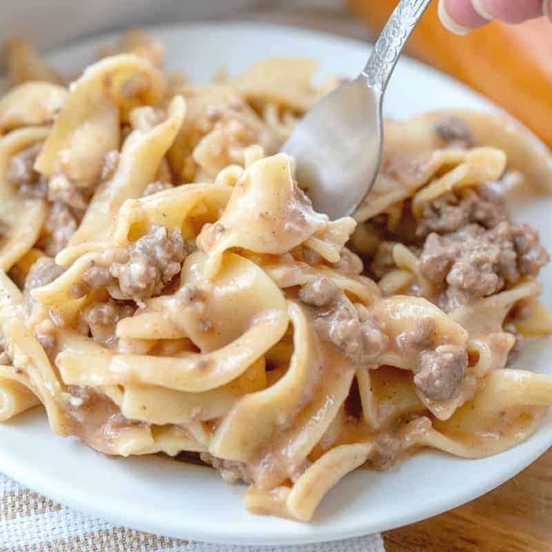 Easy Amish Country Casserole with ground beef and egg noodles