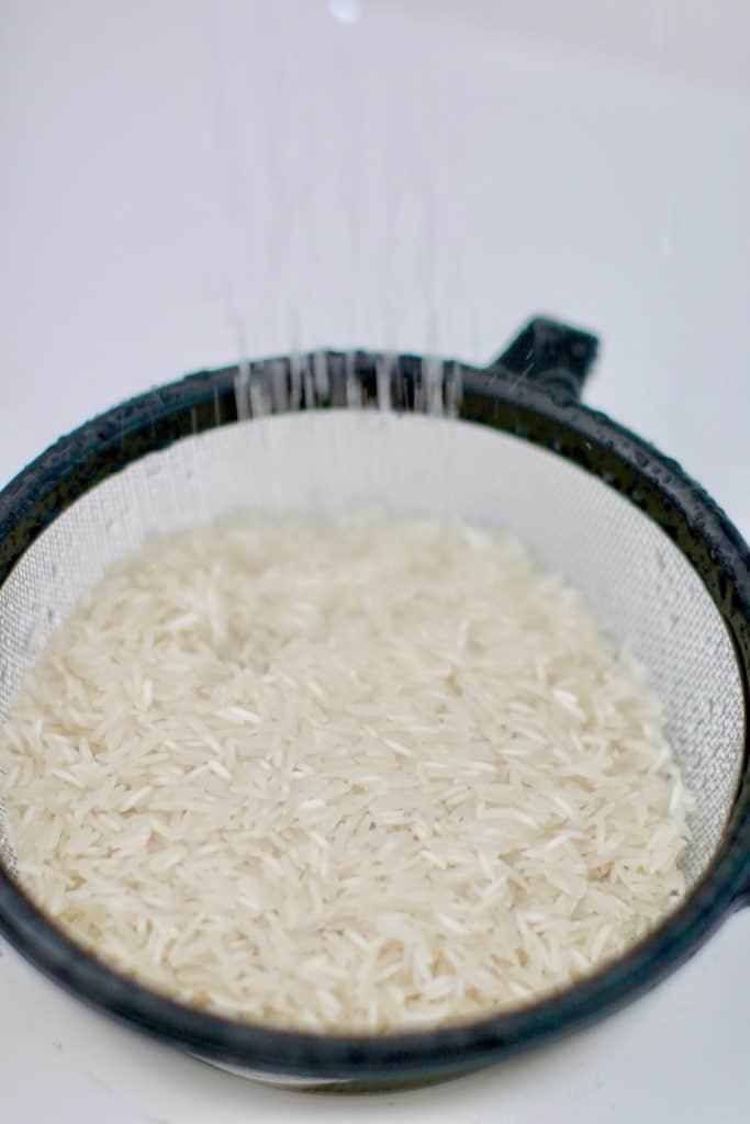 rinsing basmati rice