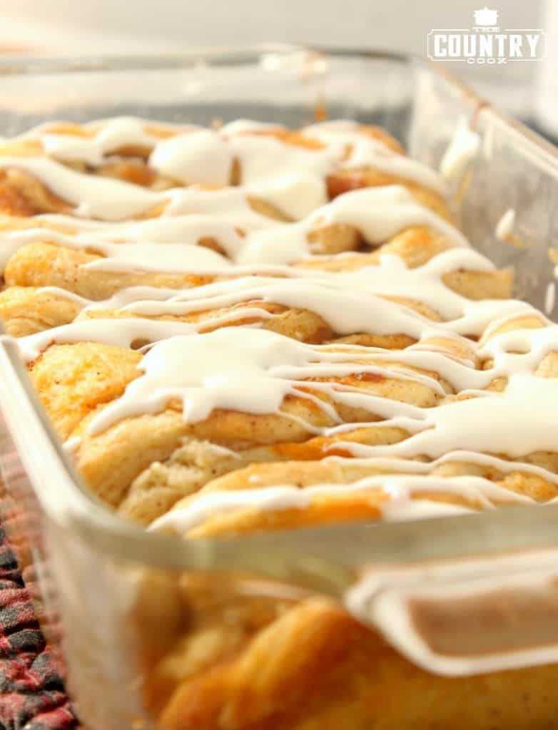 Pumpkin Pull Apart Bread with Cream Cheese Icing
