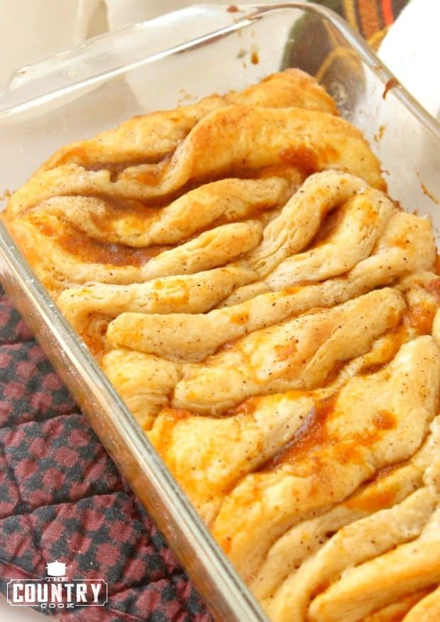 Pumpkin Pull Apart Bread with refrigerated biscuits and canned pumpkin