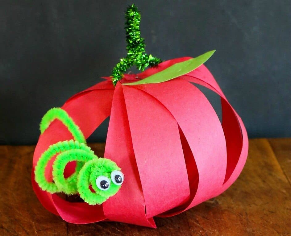 Paper Apple Craft from TOTS Family