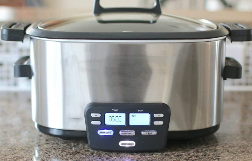 covered slow cooker/crock pot